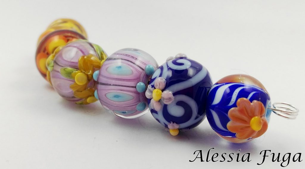 Small bolliwood lampwork glass beads set
