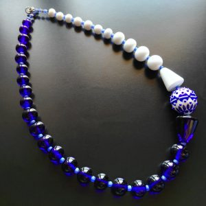 Blue glass necklace by Alrssia Fuga